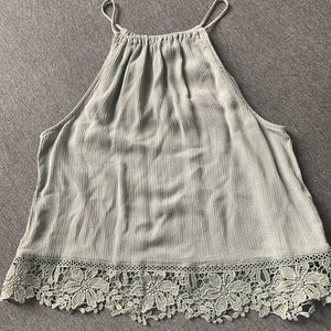 H&M cute crop top with lace trim, Sz M